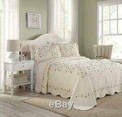 Beautiful XXL Ivory White Pink Red Rose Green Vine Vintage Soft Bedspread Quilt