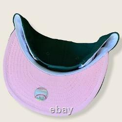New York NY Yankees Sweethearts Heart Snapback Hat 1996 World Series Green/Pink