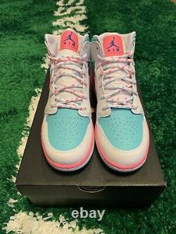 Nike Air Jordan 1 Mid White Pink Soar Green Size 5.5y 555112-102 Brand New