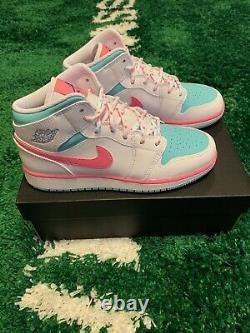 Nike Air Jordan 1 Mid White Pink Soar Green Size 7y 555112-102 Brand New