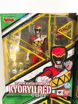 Power Rangers Dino Charge Kyoryuger S. H. Figuarts Red Blue Green Black Pink Gold