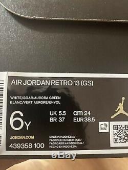 Air Jordan 13 Retro Gs Blanc Soar Aurora Vert Rose Taille 6y Livraison Rapide