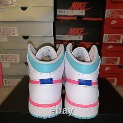 Air Jordan 1 MID Solaire Vert Rose Numérique Blanc 555112-102 Taille 7y / Femmes 8.5