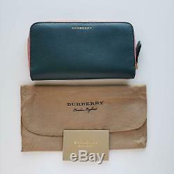 Burberry Elmore En Cuir Deux Tons Zip-portefeuille Vert / Rose 560 $