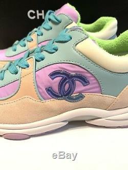 Chanel 19c CC Logo Baskets À Lacets En Daim À Lacets Rose-violet Vert