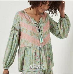 Magie Et La Blouse Pour Femmes Gypsy Petit Vert Rose Floral City Light Lace Up Top