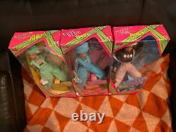 Mattel 1997 Lot Cool Blue Barbie, Parfait Rose Teresa Et Extreme Vert Skipper