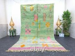 Moroccan Boujaad Rug À La Main 5'4x9' Berber Patchwork Faded Green Rose Rug En Laine