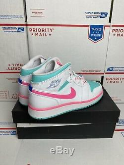 Nike Air Jordan 1 MID Size 5.5y (femmes 7) Rose Blanc Vert Solaire 555112-102