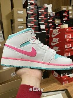 Nike Air Jordan 1 MID Size 7y (femmes 8.5) Rose Blanc Vert Solaire 555112-102