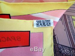 Nouveau Authentic Hermes Space Shopping Foulard En Soie 90 CM 35 '' Rose Vert