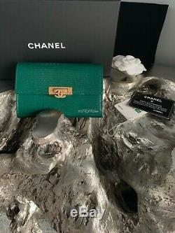 Nwt Chanel Ensemble De Deux Portefeuilles Portefeuille 18s En Lézard Vert & Portefeuille 18s En Lézard Rose