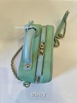 Rayons! Chanel Caviar Vanity Filiprece Petit Sac Rose Bleu Vert