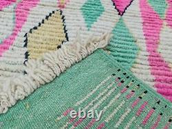 Roulette Marocaine Boujaad À La Main 2'5x11'3 Berber Geometric Pink Green Wool Rug
