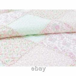 Shabby Chic Cottage Soft Shabby Pink Green Dentelle Lavande Lilas Ruffle Quilt Set