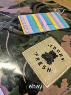 Tout Nouveau Teddy Fresh Camo Leaf Hoodie Size Medium M Green Pink Cream